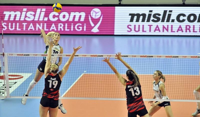 Misli.com Sultanlar Ligi'nde Erteleme Maçları Oynandı